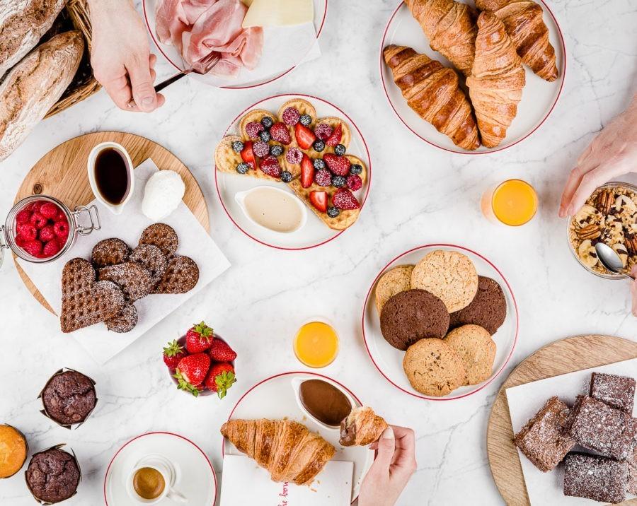 Kreativ inszenierte Foodfotografie - Frühstück by Loacker AG